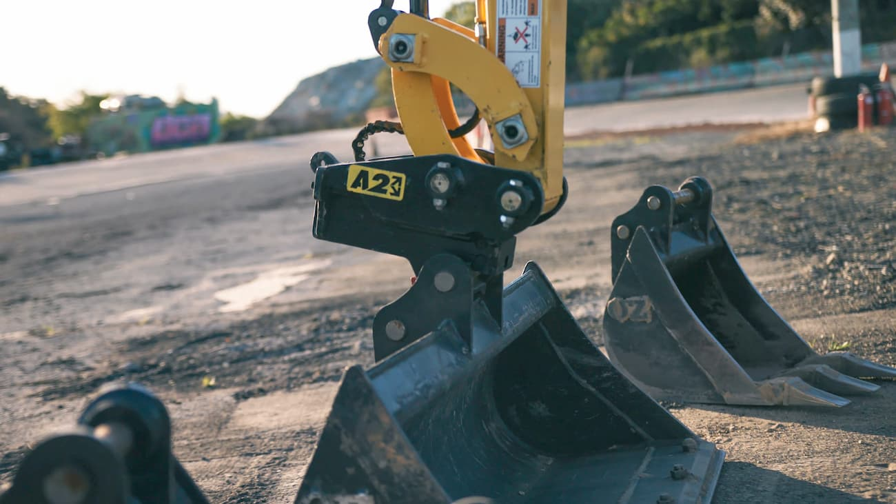 Attach2 Sure-Grip quick hitch on mini digger